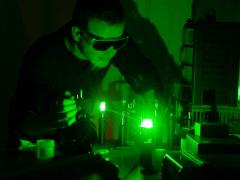 laser in laboratorio
